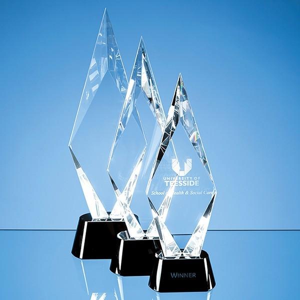 Optical Crystal Facet Mounted Peak Award with Onyx Black Base